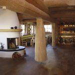 Innen im Blockhaus der Niljochhütte